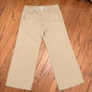 Woman's Gap Khaki Pants